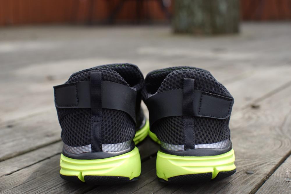 Nike Lunarfly 306 Black Volt 2 1000x667