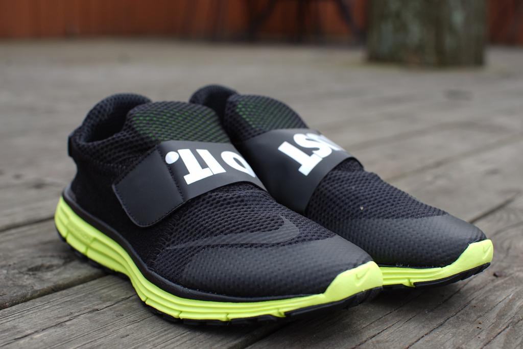Nike Lunarfly 306 Black Volt 5