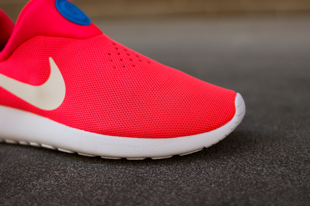 Nike Roshe RunSlip On Laser Crimson 3 1000x666