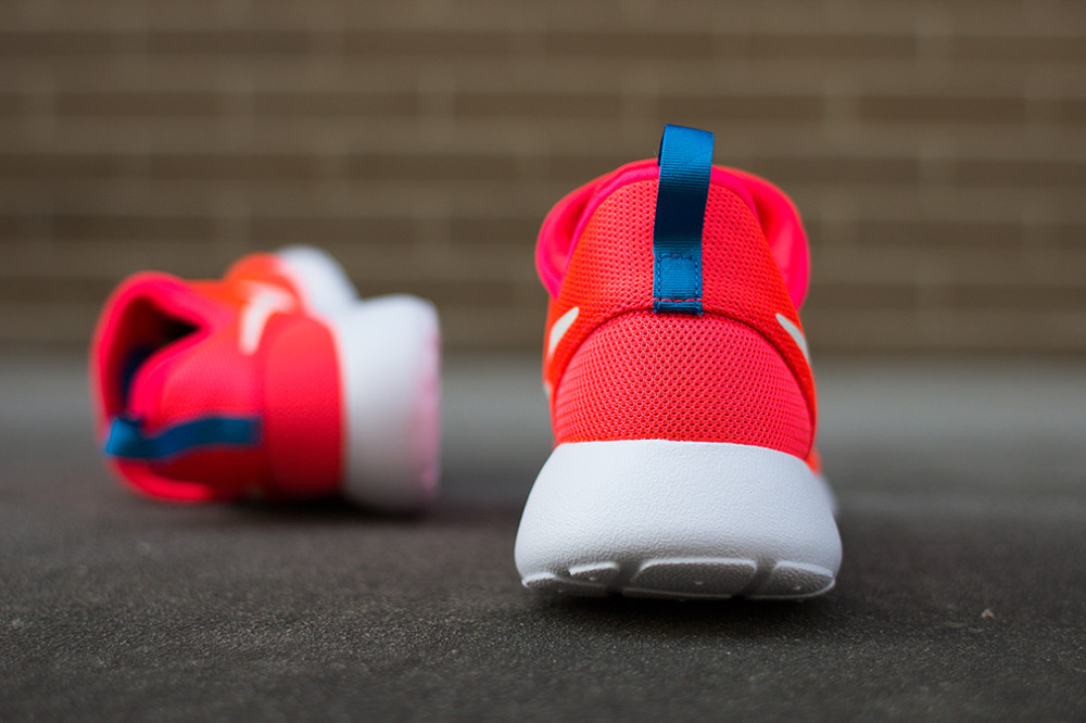 Nike Roshe RunSlip On Laser Crimson 6 1000x666