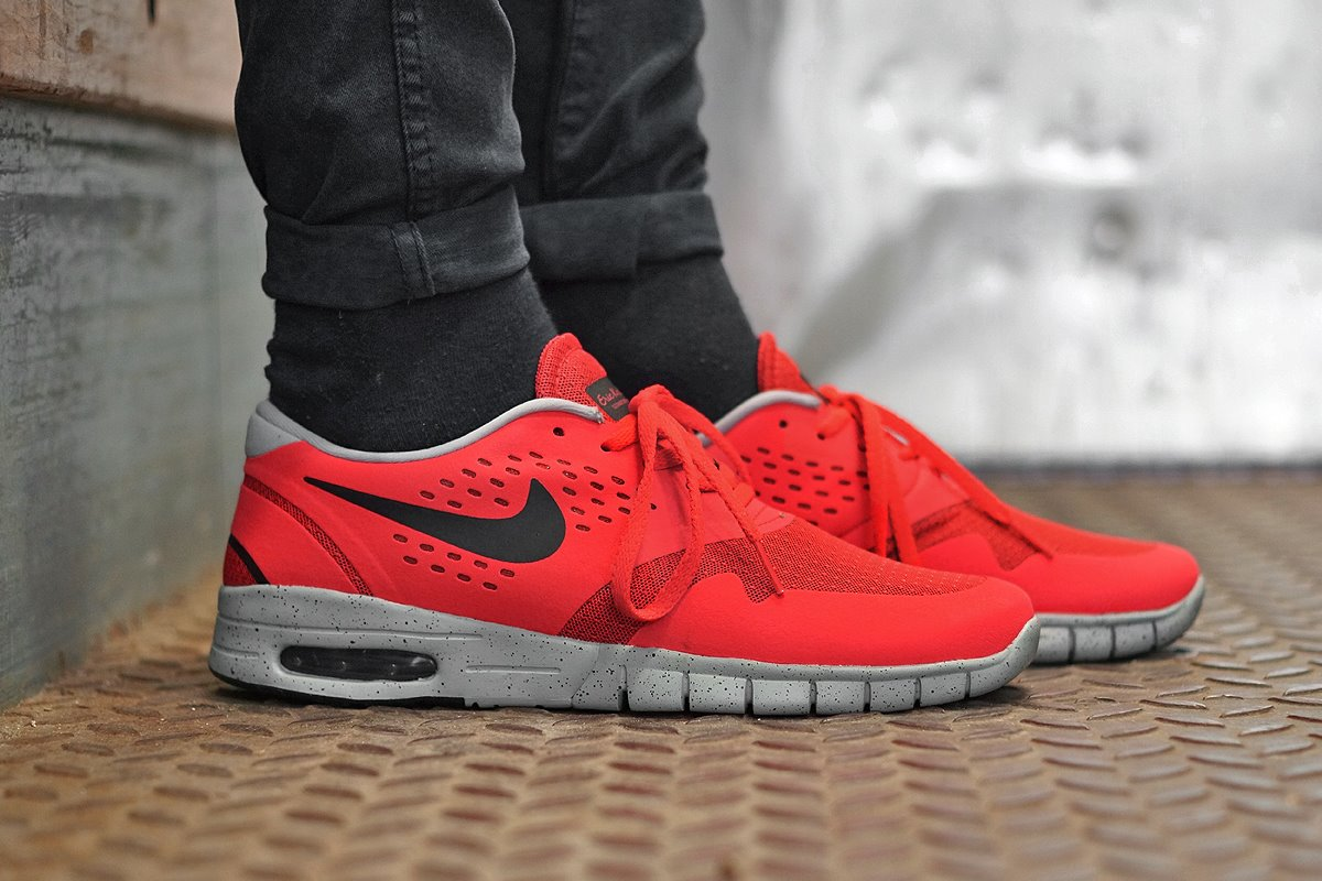Nike SB Eric Koston 2 Max Light Crimson 1