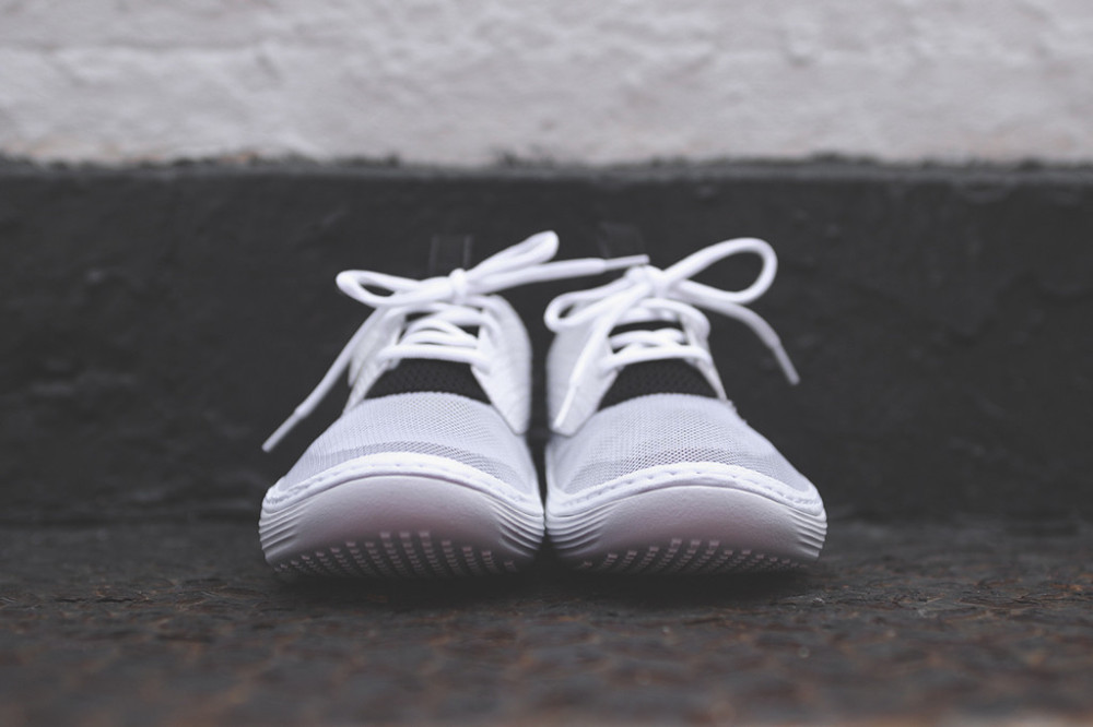 Nike Solarsoft Moccasin White Black 4 1000x666