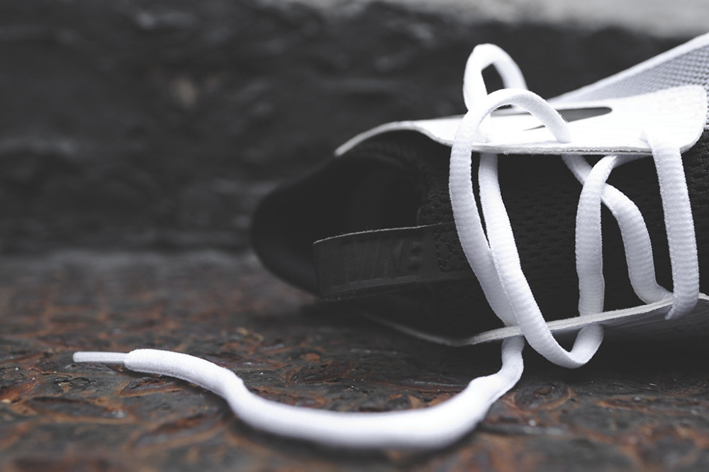 Nike Solarsoft Moccasin White Black 6 1000x666