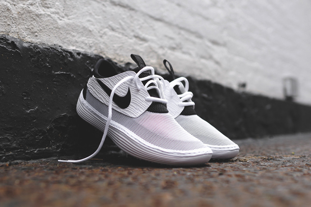 Nike Solarsoft Moccasin White Black 8 1000x666