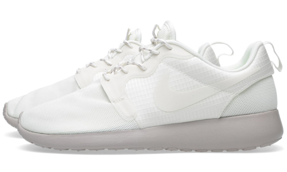 Nike WMNS Roshe Run Hyperfuse Medium Ore 7