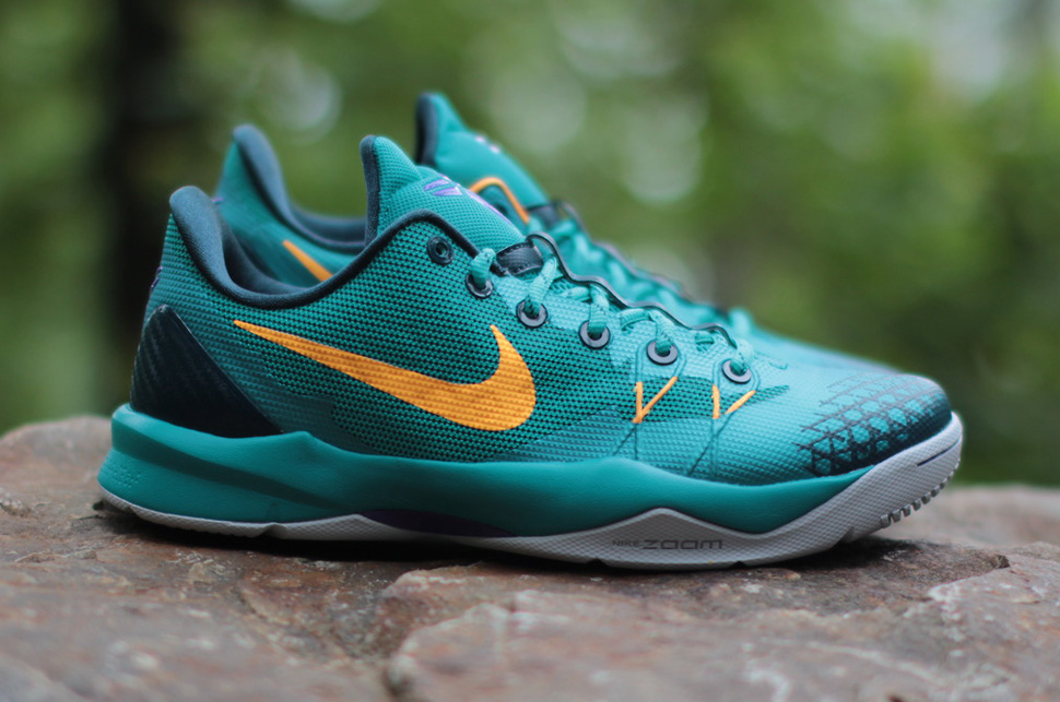 Nike Zoom Kobe Venomenon 4 Turbo Green 1