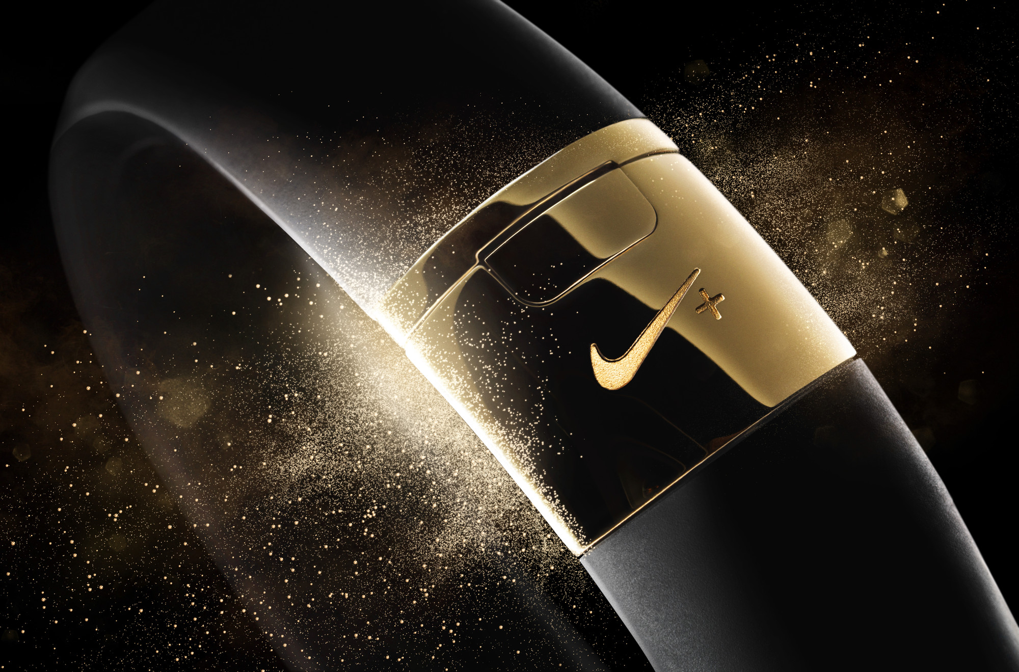 Nike+ FuelBand SE Gold METALUXE 13