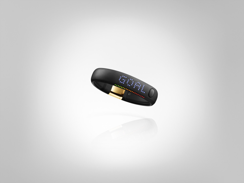 Nike+ FuelBand SE Gold METALUXE 2 1000x750