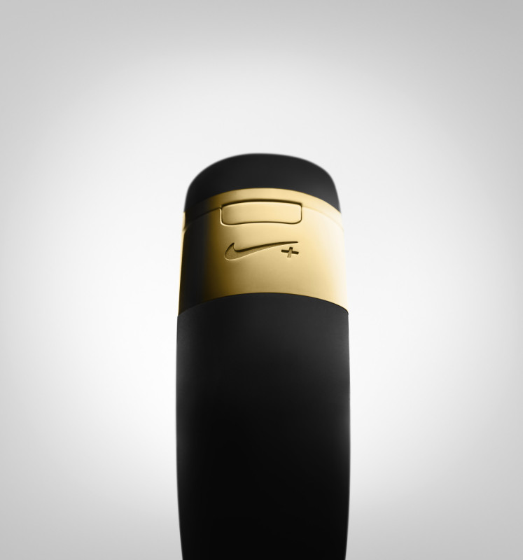 Nike+ FuelBand SE Gold METALUXE 5 747x800