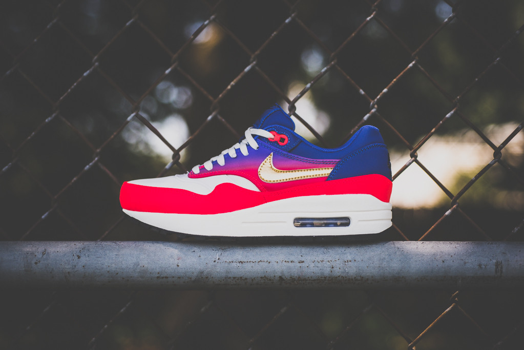 Nike Air Max 1 WMNS Mercurial Collection 1