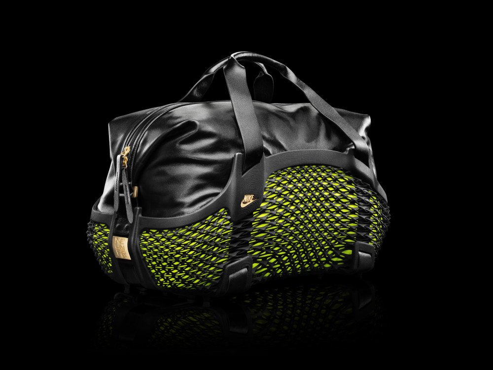 Nike Football Rebento Duffel Bag 1 1000x751