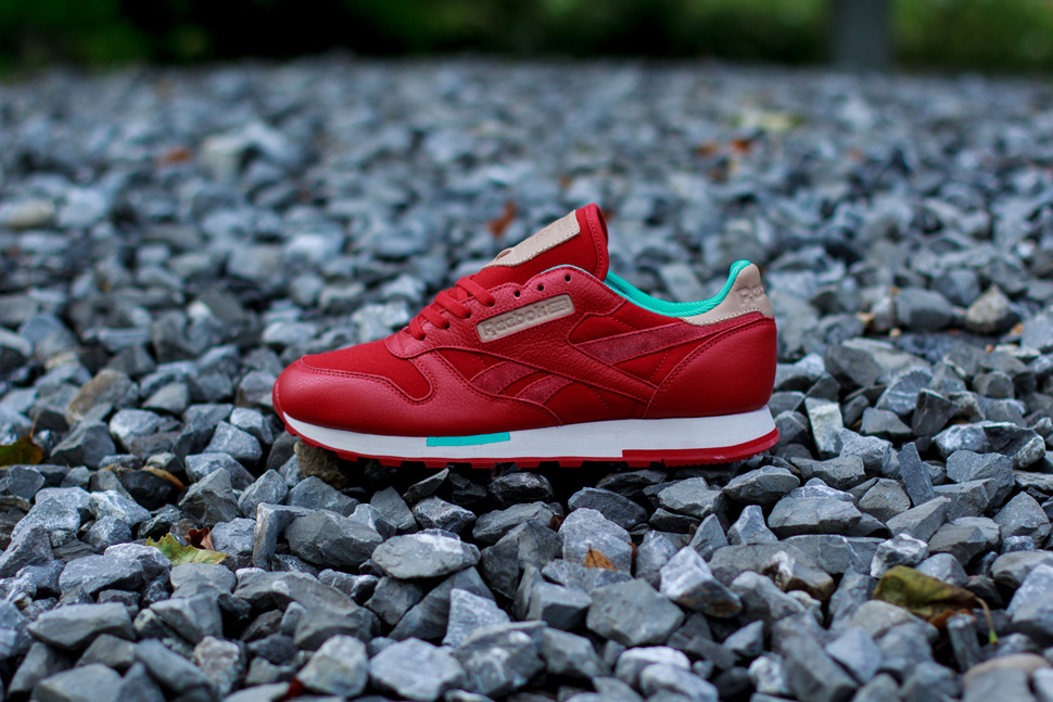 Reebok CL Leather Utility Red Teal 1