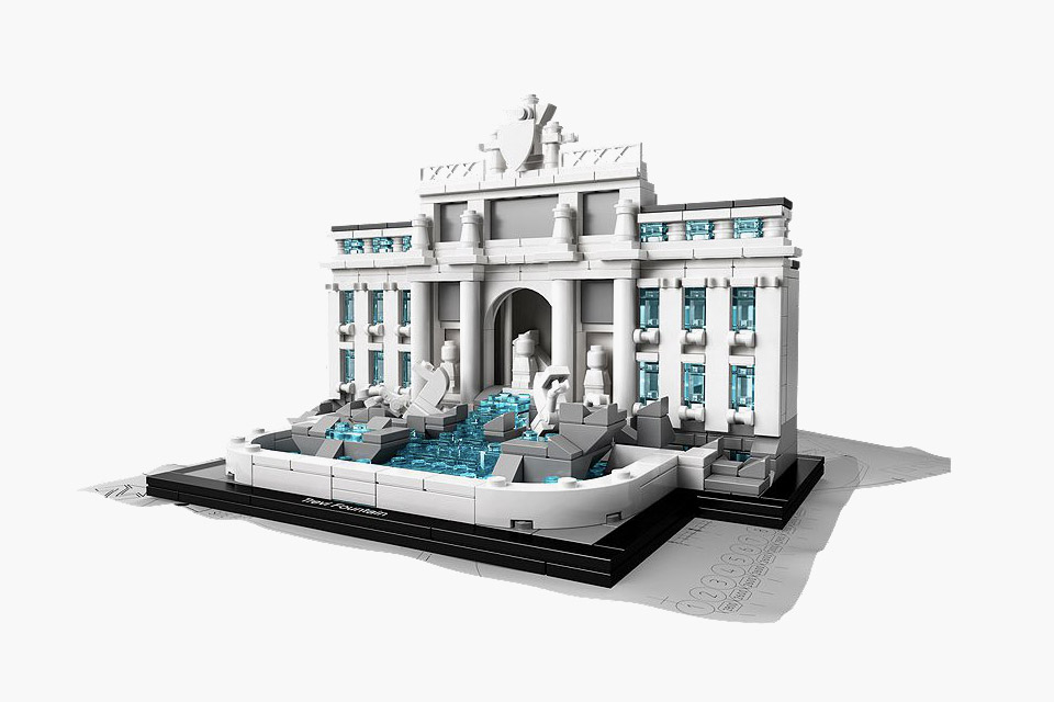 LEGO Architecture Trevi Brunnen 1