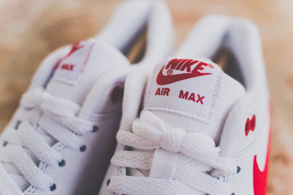 Nike Air Max 1 White Uni Red 6 1000x667