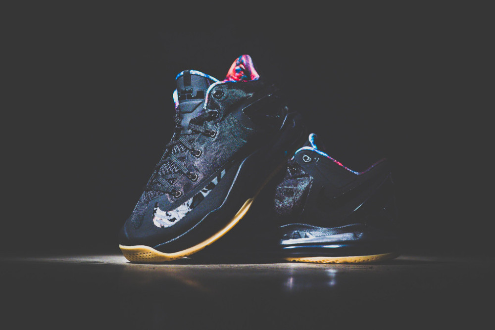 Nike Air Max LeBron XI Low Black Gum 1 1000x667