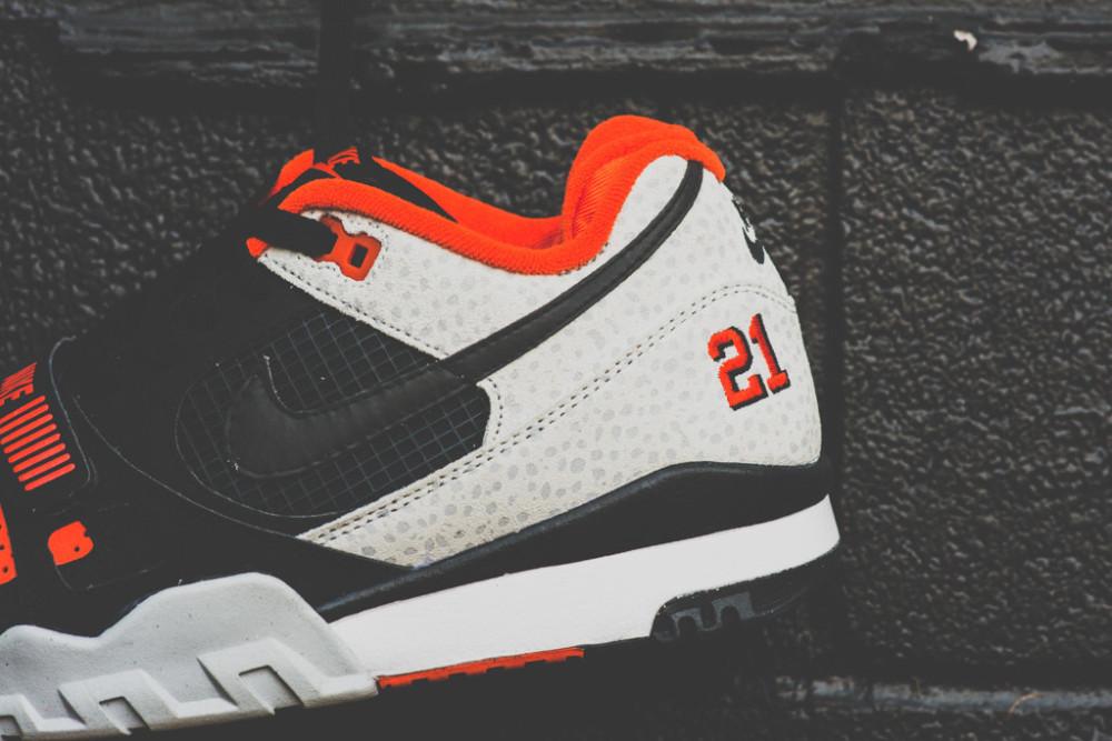 Nike Air Trainer 2 Premium Black Team Orange 8 1000x667