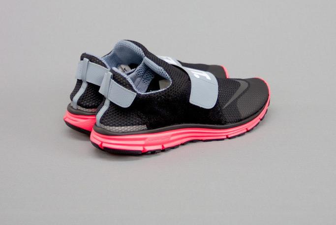 Nike Lunarfly 306 Hyper Punch 2