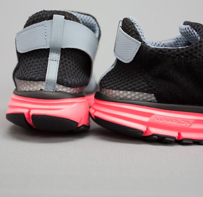 Nike Lunarfly 306 Hyper Punch 5