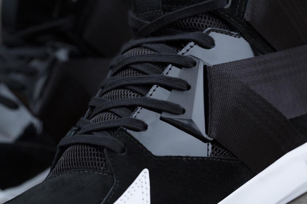 adidas Originals C 10 Black White 2 1000x666