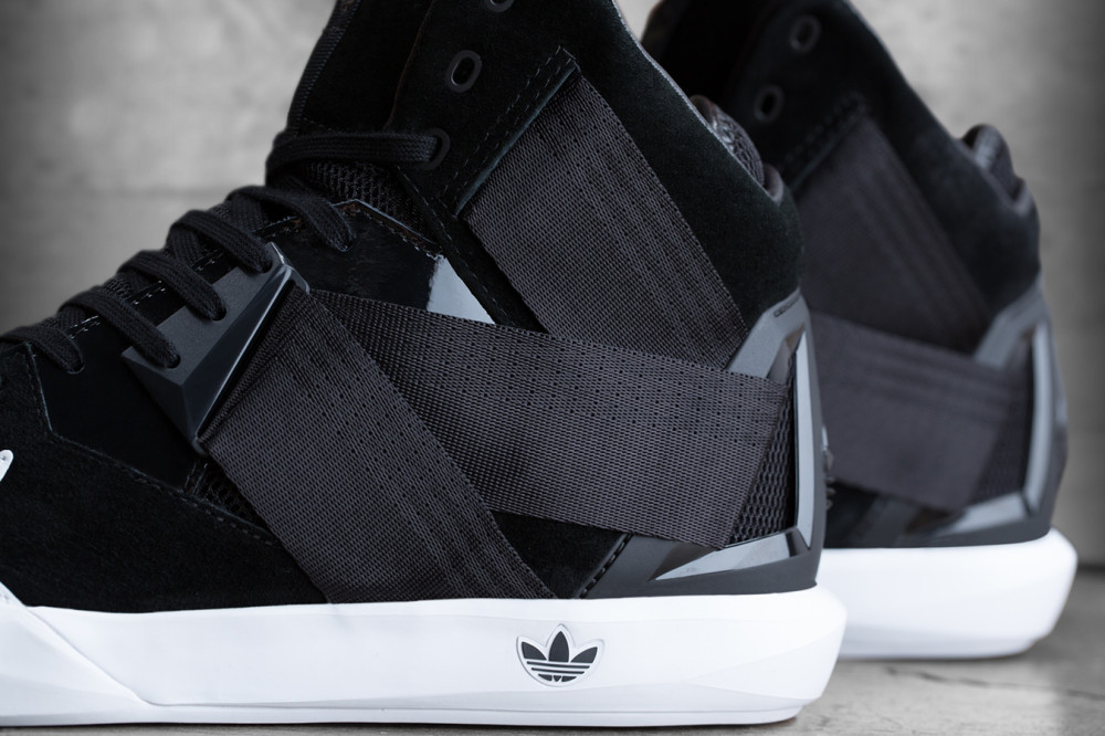 adidas Originals C 10 Black White 3 1000x666
