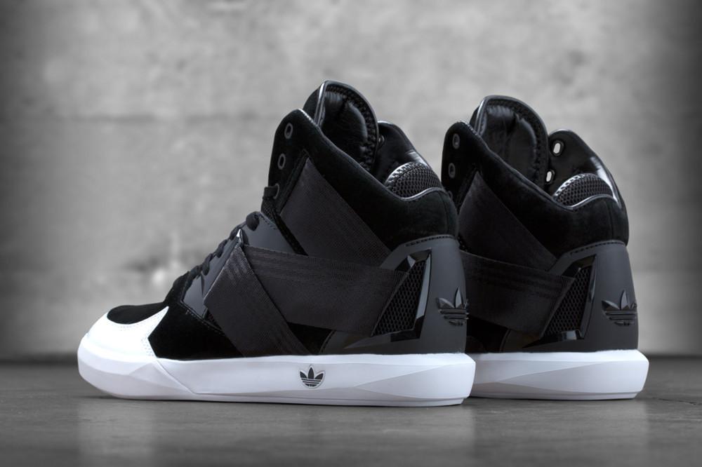 adidas Originals C 10 Black White 4 1000x666