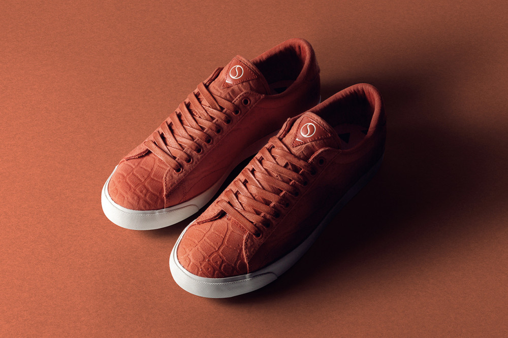 size x Nike Tennis Classic AC Court Surfaces Pack 3 1000x666