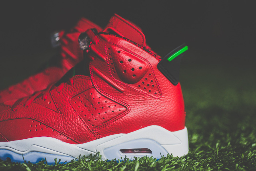 Air Jordan 6 Retro Varsity Red 4 1000x667