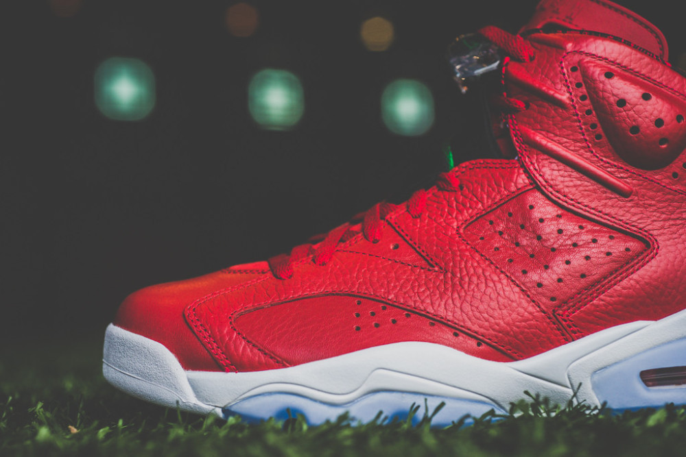 Air Jordan 6 Retro Varsity Red 6 1000x667