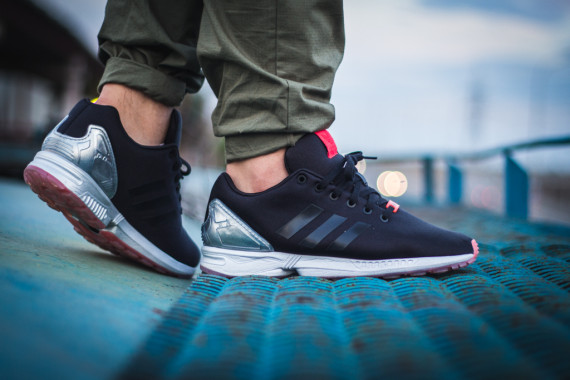 FACESLACES x adidas Originals ZX FLUX Teufelsberg 13