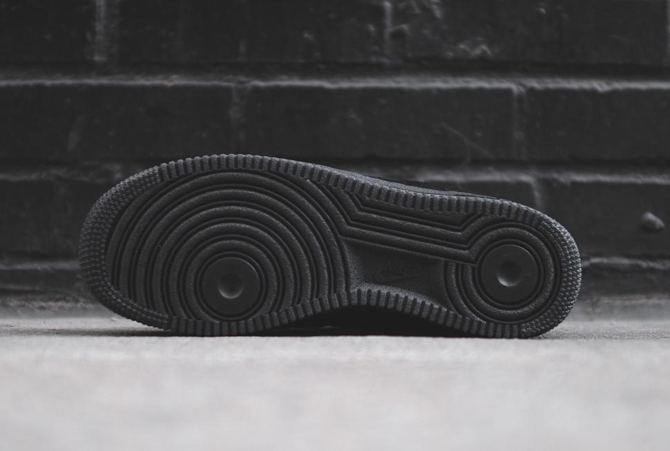 Nike Air Force 1 Low Black 7
