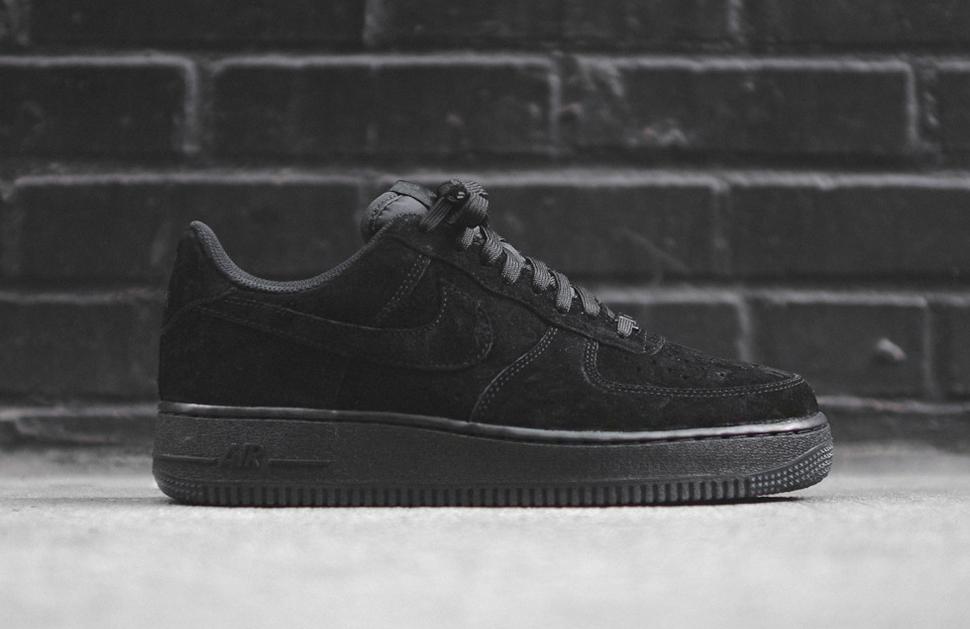 Nike Air Force 1 Low Black 8