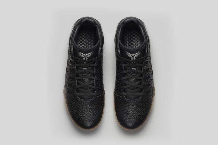 Nike Kobe 9 MID EXT Black Mamba 3