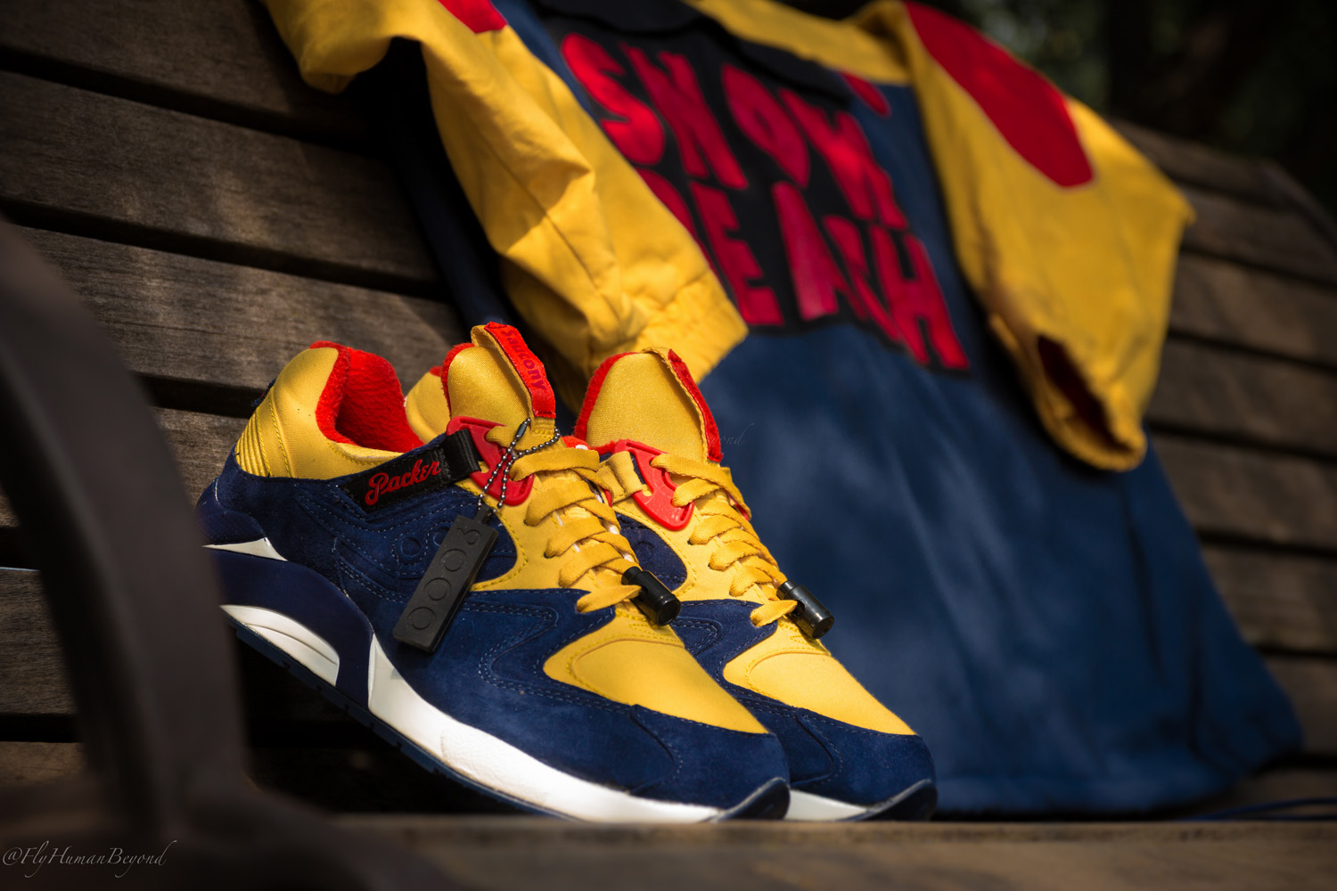 Packer Shoes x Saucony Grid 9000 Snow Beach 1