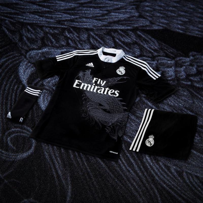Real Madrid x adidas x Yohji Yamamoto Champions League Trikot 1 800x800