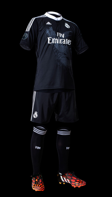 Real Madrid x adidas x Yohji Yamamoto Champions League Trikot 3 456x800