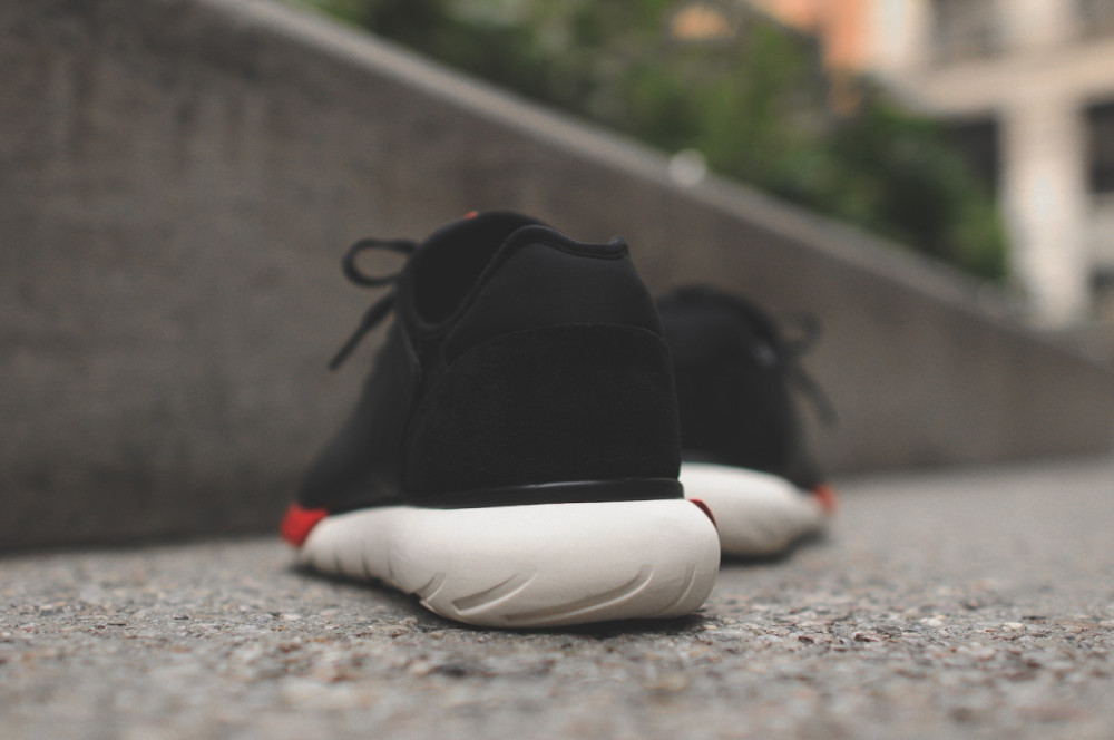 adidas Y 3 Qasa Shell Black Chalk White 5 1000x664