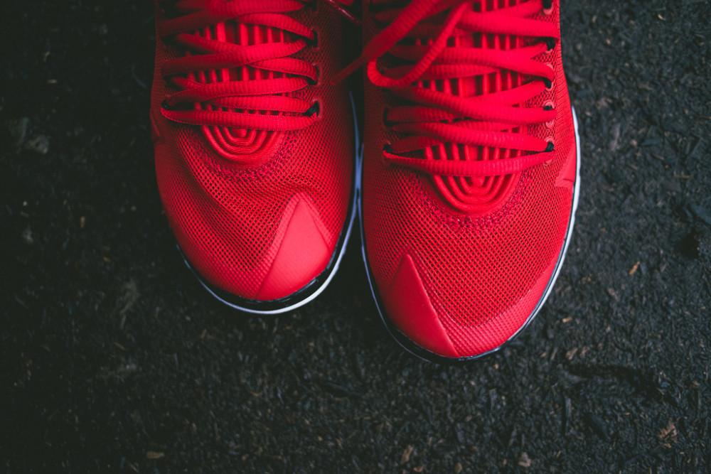 Air Jordan Flightflex Gym Red 3 1000x667