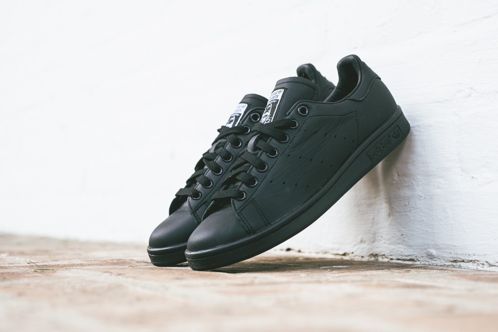 Pharell Williams x adidas Stan Smith Solid Pack Black 1