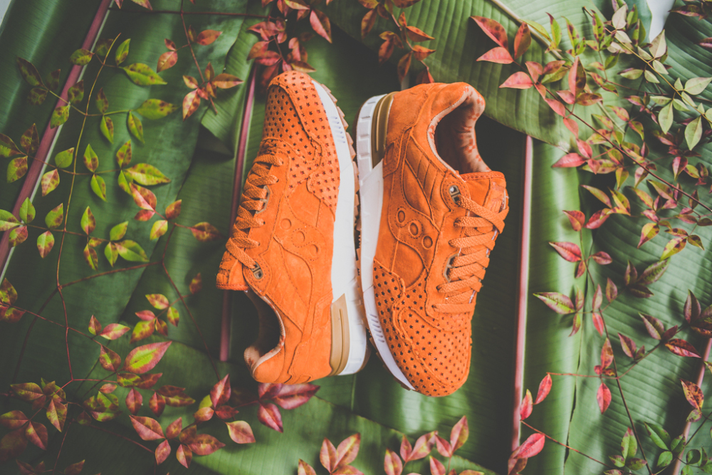 Play Cloths x Saucony Shadow 5000 Strange Fruit 2 1000x667