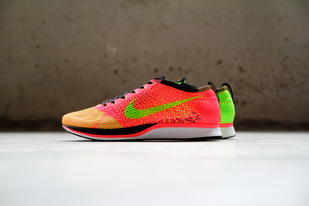 Nike Flyknit Racer Hyper Punch Volt 1