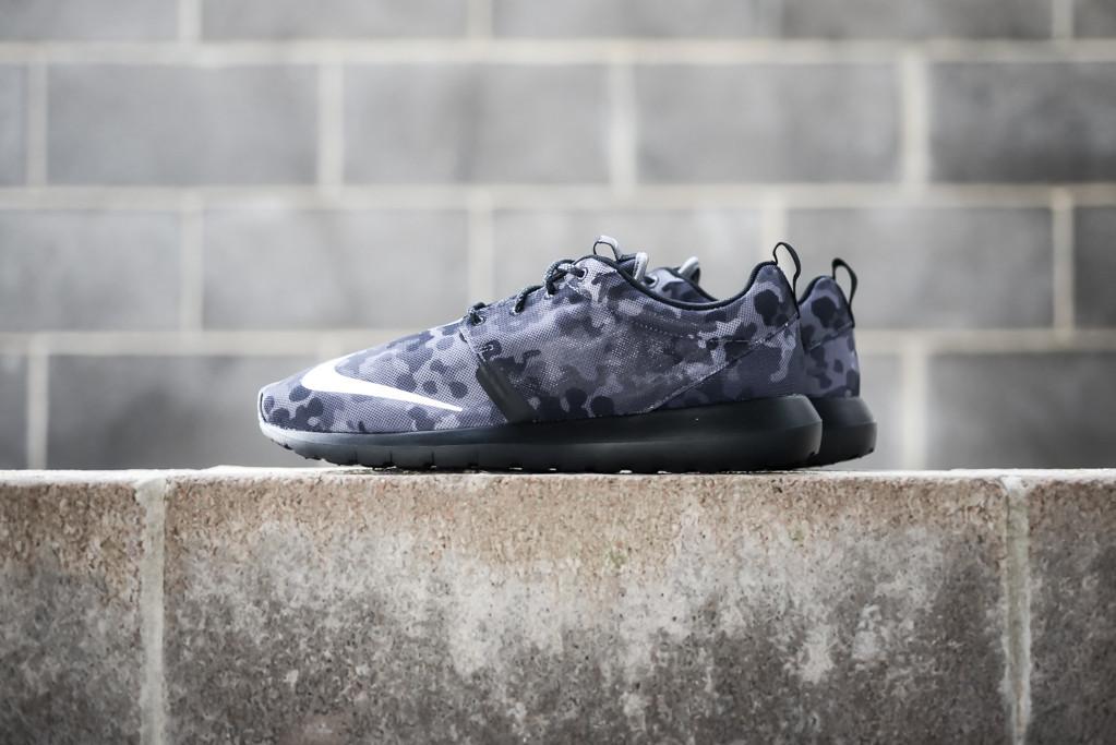 Nike Roshe Run NM FB Dark Grey 1