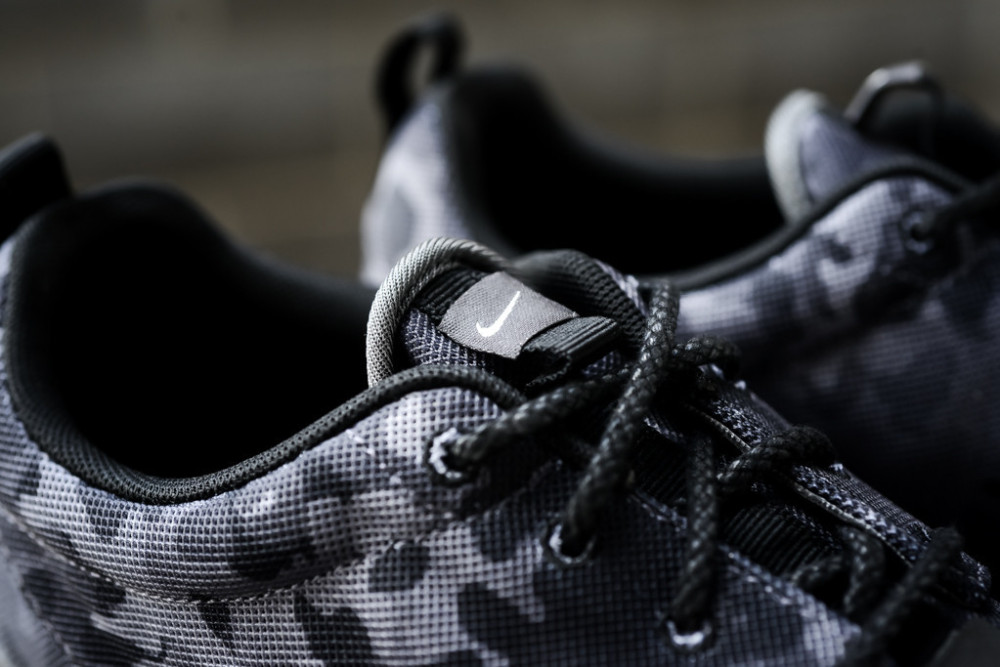 Nike Roshe Run NM FB Dark Grey 6 1000x667