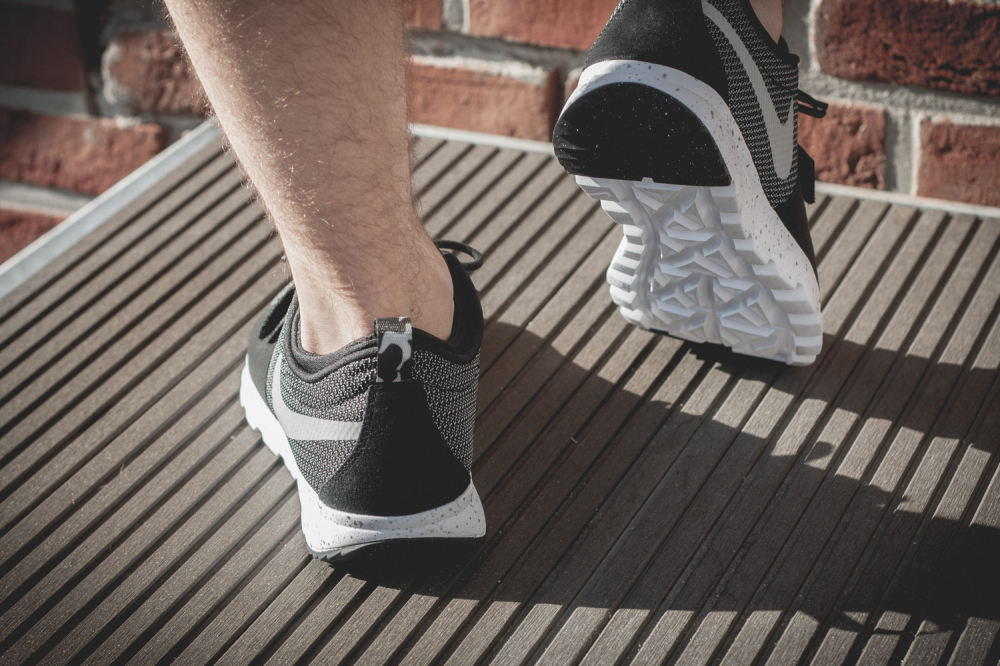 Nike SB Trainerendor–Black White Review8 1000x666