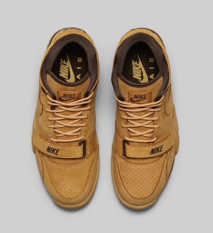Nike Sportswear FLAX Collection 16 733x800