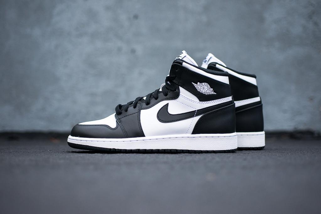 meet f9ca8 33585 Nike Air Jordan 1 Schwarz Weiß - associate-degree.de