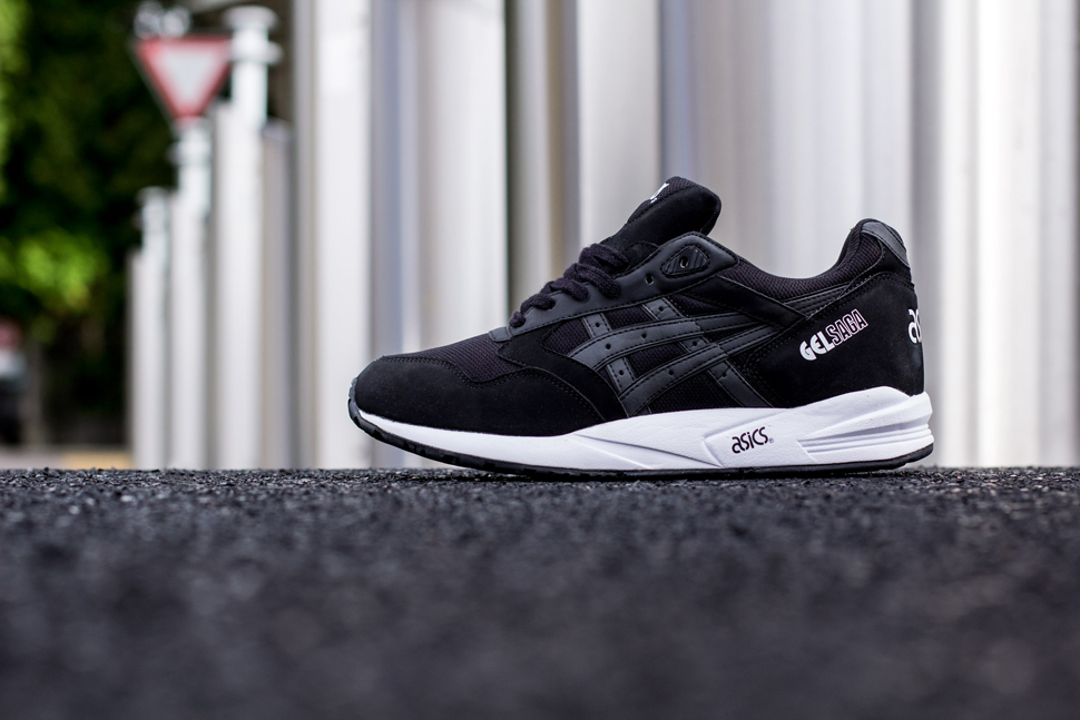 Asics Black White Pack 12