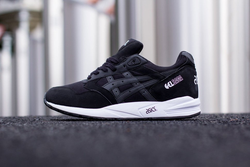 Asics Black White Pack 13