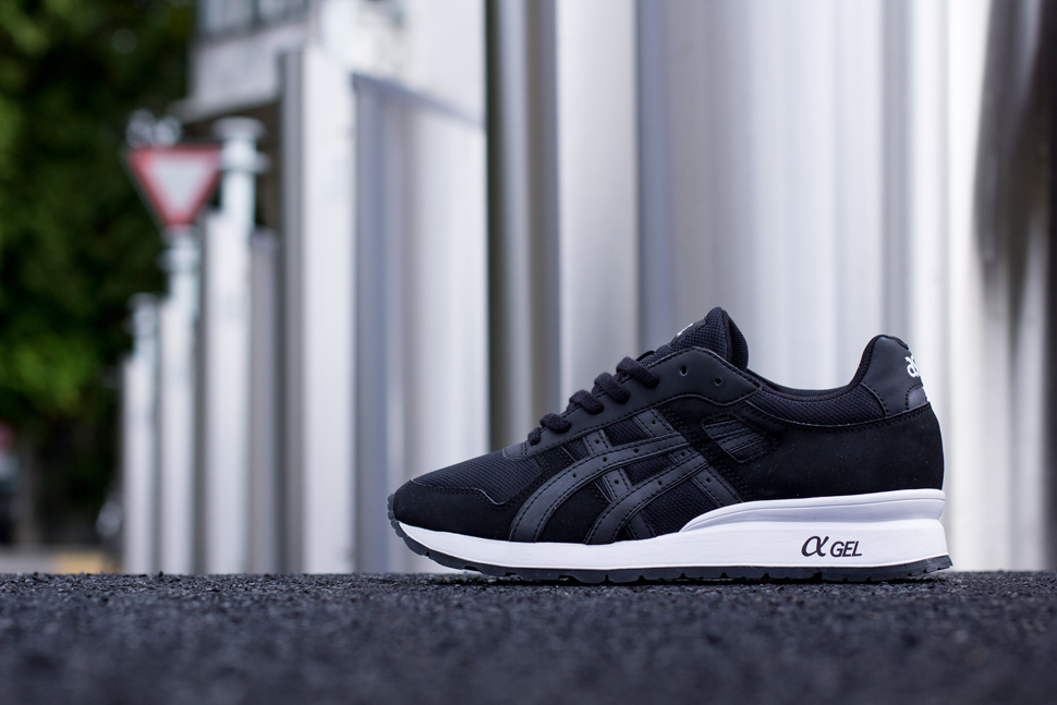 Asics Black White Pack 4