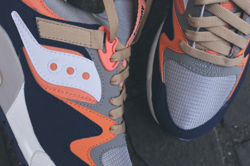 KITH x Saucony Grid 9000 Navy Coral 4 1000x664