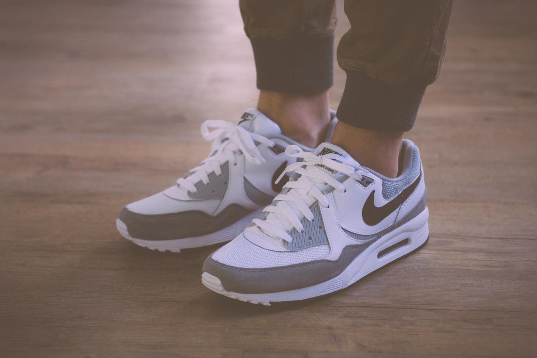 Nike Air Max Light White Grey Black Review 18